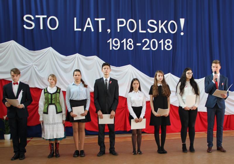 Obchody z okazji 100 lecia Niepodległosci w ZS CKR w Golądkowie