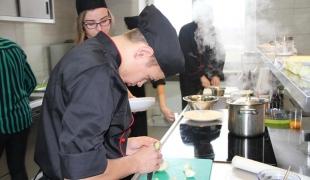Dzień Patrona Szkoły-pokazy sztuki kulinarnej
