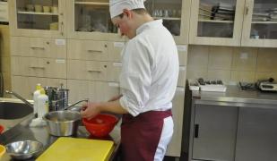 Mistrzowie w Kuchni - konkurs kulinarny w ZSCKR Nowy Targ