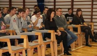 Szkolne spotkanie rekolekcyjne w ZS CKR w Golądkowie