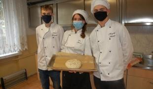 Światowy Dzień Chleba w Zespole Szkół CKR w Starym Lubiejewie