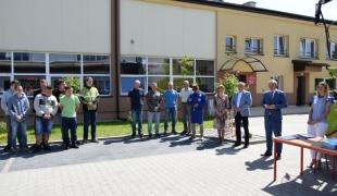 Wręczenie uprawnień do pracy kombajnem i zaświadczeń o ukończeniu kursu z zakresu stosowania środków ochrony roślin uczniom ZS CKR w Starym Lubiejewie